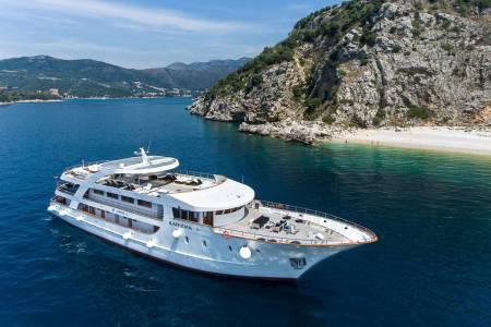 MS Karizma - Cruise Ship