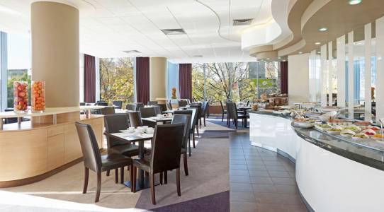 Mercure-Centrum-Hotel-Warsaw-Poland-6