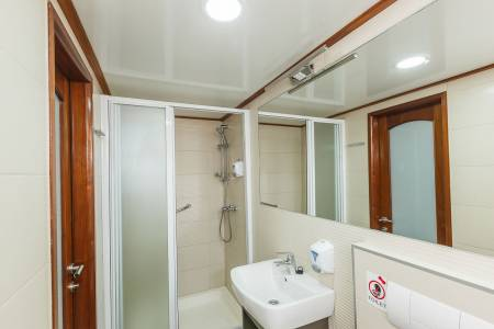 M/S Prestige - Bathroom