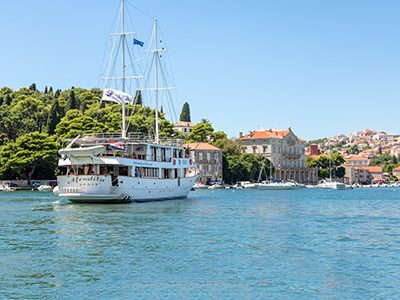 Adriatic-Cruise-aboard-small-ship-Afrodita