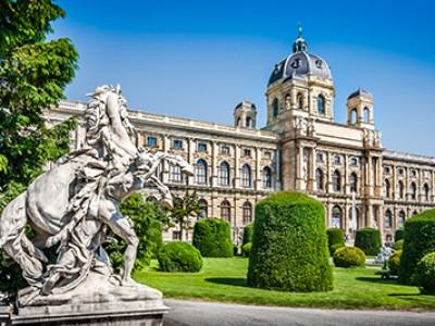 K507 Vienna & Budapest Escorted Tour