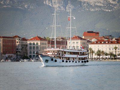 Adriatic Cruise MS Paradis A751